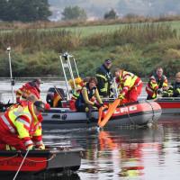100m Zugseil durch 3 Boote halten